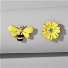 Women's Brooches Fancy Flower Bee Cute Brooch Jewelry Yellow For Vacation Festival / 2pcs Yellow
